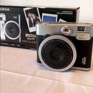 Fuji Film Instax mini 90 Neo Classic